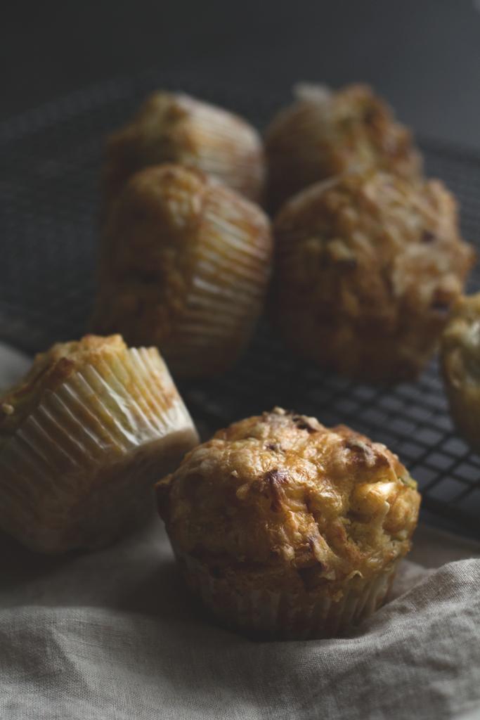 Apfel-Lauch-Muffins mit Käse