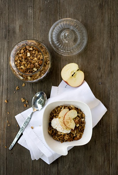 Almond Apple Pie Granola